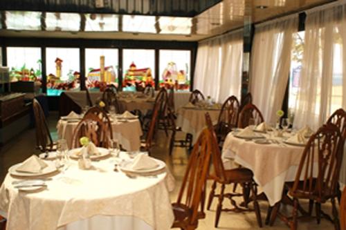 Chateau Miramar restaurant