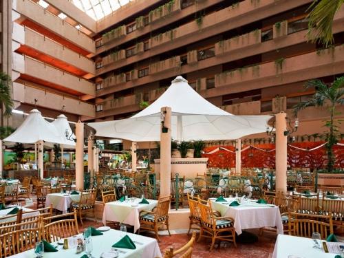 Barcelo Ixtapa restaurant