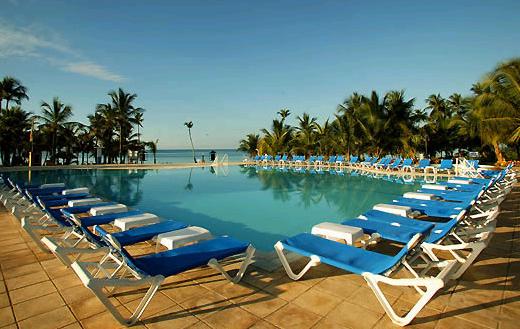 Wyndham Dominicus Palace piscine