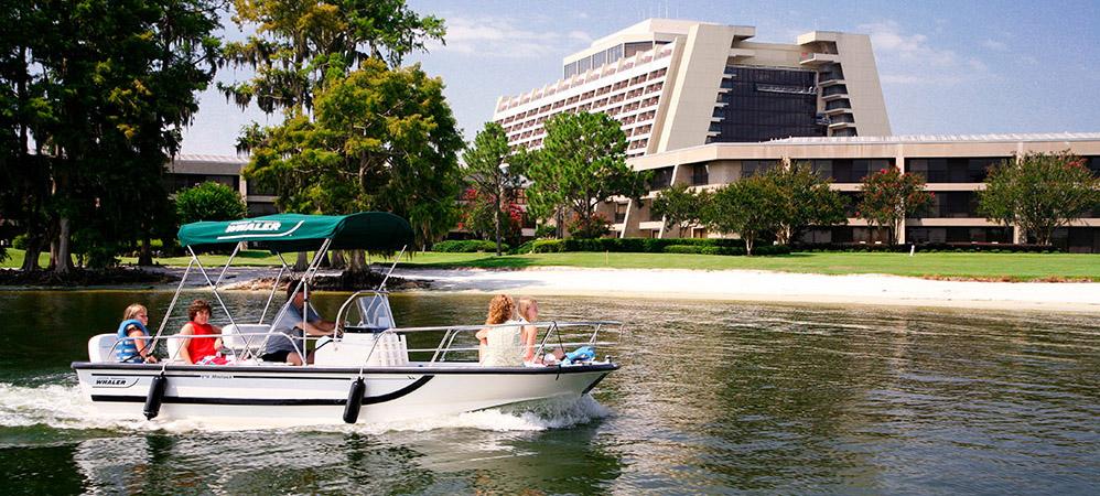 Disneys contemporary resort voyages destination for Meuble futuriste montreal
