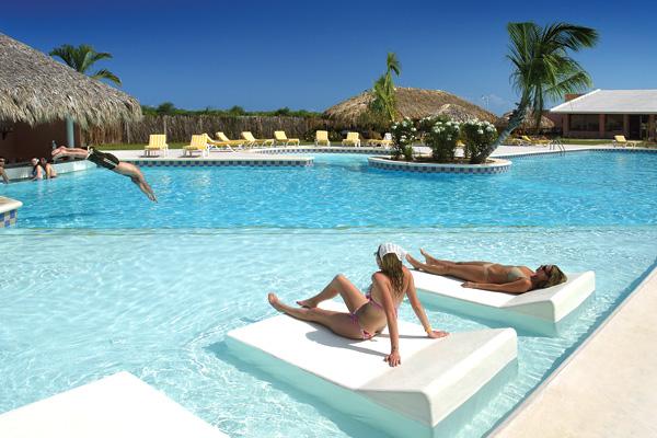 Catalonia Royal Bavaro piscine