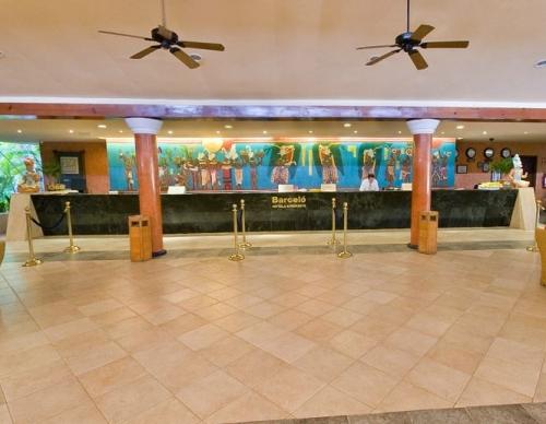 Barcelo Maya Beach Resort reception