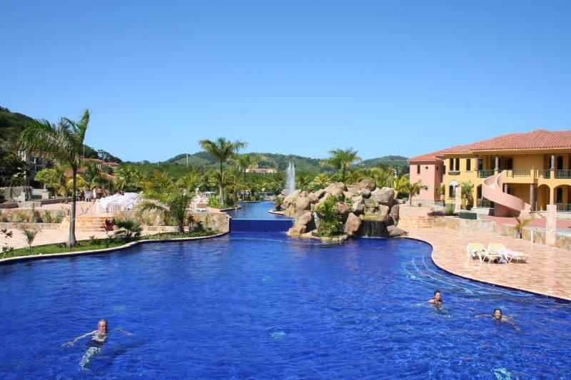 Parrot Tree Beach Resort Marina Roatan Honduras