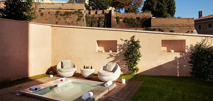 Gran melia rome rome italy vacation packages for Gran melia roma