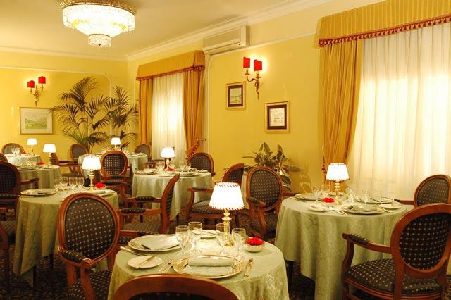 Napoleon Hotel restaurant