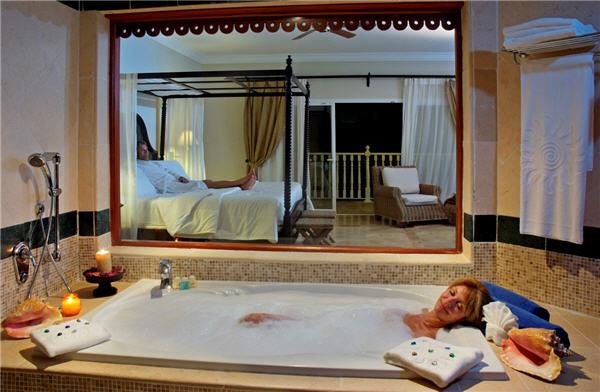 Luxury bahia principe cayo levantado voyages destination for Hotel luxury grand bahia principe cayo levantado